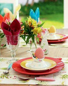 Almoço de páscoa: sugestão de decoração de mesa.