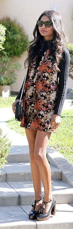 Camel Floral Dress Streetstyle #Fashionistas
