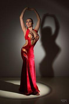 Fashion designer dance stage costume Paulina Johnny ~ ~ - Page 31 - Belly Dance Forum Belly Dancer Costumes, Belly Dancers, Dance Costumes, Belly Dance Outfit, Tribal Belly Dance, 15 Dresses, Dance Dresses, Fashion Designer, Ballroom Dress