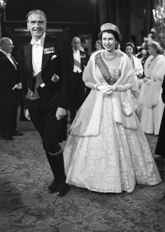 ed6c880ee0c96 The Queen will attend cabinet on Tuesday to mark her Diamond Jubilee