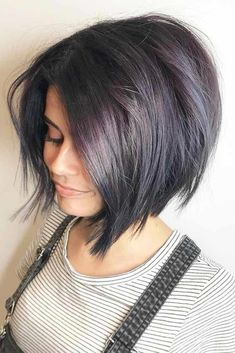hair inspiration haircuts Color Options Medium Bob Medium bob haircuts are fancied by women all around the globe due to their versatility and a huge number of winning qualities. See our photo gallery. Asymmetrical Bob Haircuts, Choppy Bob Hairstyles, Bob Hairstyles For Fine Hair, Plus Size Hairstyles, Pixie Haircuts, Ponytail Hairstyles, Pretty Hairstyles, Hairstyle Trends, My Hairstyle