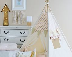 I would this for Addys room, in the mint