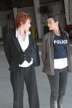 NCIS 03x22 Jeopardy Serie Ncis, Ncis Tv Series, Ncis Gibbs Rules, Ncis Cast, Ziva David, Ncis New, Detective Series, Special Agent, Badass Women