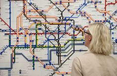 The London Tube map recreated in LEGO – great addition to these creative derivatives of the iconic map. Also see this pictorial history of how the Tube shaped London. London Underground Tube Map, London Tube Map, Lego London, Metro Map, London Tours, Lego Worlds, Logo Images, Cartography, London England