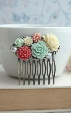 Coral and Mint  Wedding. Mint Green Rose, Coral, Ivory, Flowers, Pearl, Leaf Hair Comb. Bridesmaid Gift from Marolsha.