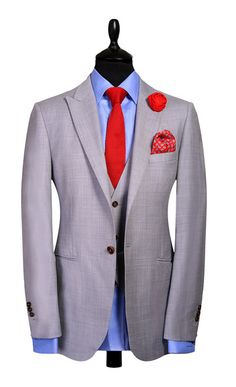 Shoes for men for men with style. best designer for mens suits, mens designer suit outlet, CLICK Visit link above to read Grey Suit Combinations, Suit Fabric, Wool Fabric, Suit Fashion, Mens Fashion, Terno Slim, Light Grey Suits, Suit And Tie, Gentleman Style