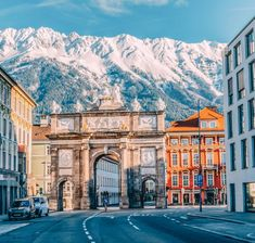 Innsbruck is a city in the middle of the montains and looks just like out of a fairytale. Let me show you the best things to do in Innsbruck. Oh The Places You'll Go, Places To Travel, Travel Destinations, Places To Visit, Travel Europe, Innsbruck, Austria Winter, Austria Travel, City Aesthetic