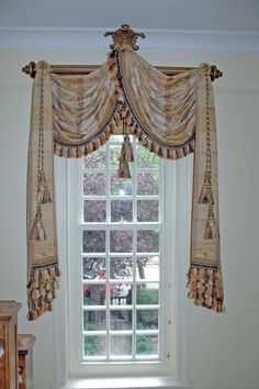 Decorating, Mesmerizing Ideas Of Swags Tails: Awesome Swags and Tassels Decorating
