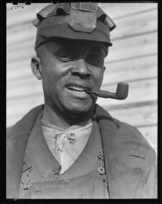 Scotts Run, West Virginia. Unemployed miner, March 1937 by The U. Vintage Denim, Vintage Black, Workwear Fashion, Working Class, African American History, Black People, West Virginia, Black History, Vintage Photos