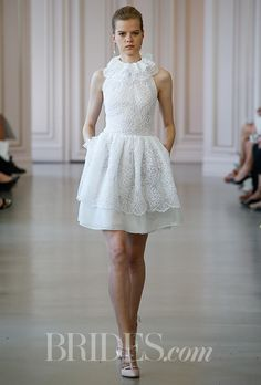 Oscar de la Renta Wedding Dress - Spring 2016: Lace Cocktail Dress with Ruffle Collar