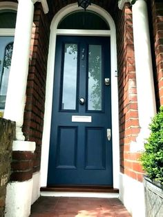 💚 95 wide selection of designs of front glass doors that are pleasing to the view of the house 68 Transitional Front Doors, Contemporary Front Doors, Contemporary Stairs, Modern Front Door, Contemporary Cottage, House Front Door, Front Door Design, Victorian Front Doors, Wooden Front Doors