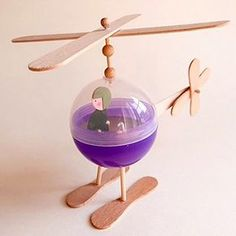 Toys are 1000x the fun when you make them yourself! We'd love to take a ride in this Popsicle Stick Helicopter :)