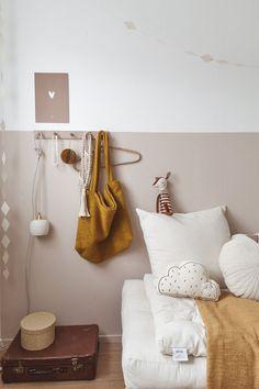 ELLE INTERIEUR - blog over interieur&lifestyle #kidsroom #okergeel #mommybag