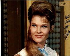 Jean Hale TV actress Photographs ARMY DAY - 15 JANUARY PHOTO GALLERY  | PBS.TWIMG.COM  #EDUCRATSWEB 2020-05-11 pbs.twimg.com https://pbs.twimg.com/media/DTmVNuhV4AAidBL.jpg