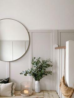 Hallway Inspiration, Decor Inspiration, Decor Ideas, Decorating Ideas, Decoration Hall, Room Decorations, Flur Design, Home Design, Interior Design