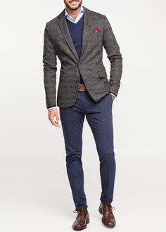 Is there a more classic business combination than grey and navy? | H.E. by Mango PRINCE OF WALES Blazer.