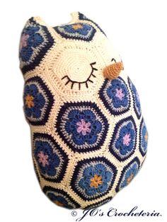 Crochet Pattern Maggie the African Flower Owl door JOsCrocheteria