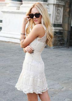 Little white wonder dress. Easy peasy, yes?