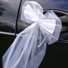 Tüllschleife in Weiß für das Brautauto Autodeko