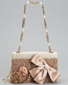 #WholesaleBagClan.COM  Chanel Beige Leather Flap hand Bag in Blush Pink