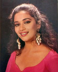 #muvyz052617 #BollywoodFlashback #Diva #madhuridixit @madhuridixitnene #instapic #instagood #instadaily #muvyz