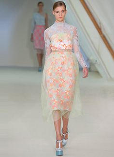 Erdem, simply beautiful. Nothing gets me more in a mood for Spring http://whitetdesigns.tumblr.com/#