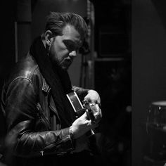 New Video: Alexander Wolfe - Breaking The FallWithGuitars