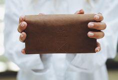 """Viele Fächer – viele Möglichkeiten. Das bietet Dir auf eindrucksvolle Art und Weise die Geldbörse """"Cecily"""".  Gusti Leder - 2A18-22-5"""
