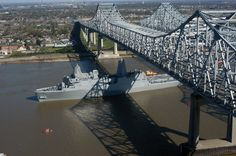 Greater New Orleans Bridge and the CCC Bridge over the Mississippi, New Orleans, Lousiana, USA.