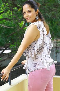 Anasuya etc. unlimited hottest thread ever South Indian Actress Hot, Indian Actress Hot Pics, Beauty Full Girl, Beauty Women, Glamour Ladies, Most Beautiful Bollywood Actress, Beautiful Actresses, Indian Girl Bikini, Beautiful Women Over 40