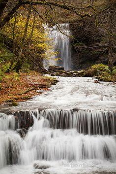 Pozo de la Arbencia, en Bárcena Mayor,  Los Tojos (Cantabria, España) #Spain