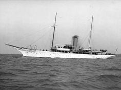 MaritimeQuest - Latharna (1897) Big Yachts, Super Yachts, Motor Yachts, Classic Yachts, Gilded Age, Navy Ships, Submarines, Water Crafts, Sailing Ships