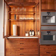 2.El Ev Eşyası Alanlar Mobilya Alanlar - Elvan 2.El Eşya 0535 671 55 23 Luxury Homes, Liquor Cabinet, Decorations, Storage, Furniture, Home Decor, Luxurious Homes, Homemade Home Decor, Luxury Houses