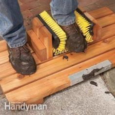 DIY Mud-Busting Boot Scraper | A great way to keep mud out of your home is to make a homemade boot scraper.