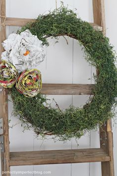 SEMI-HANDMADE SPRING WREATH | SPRING CRAFT IDEAS | HOME DECORATING BLOG | Perfectly Imperfect Blog