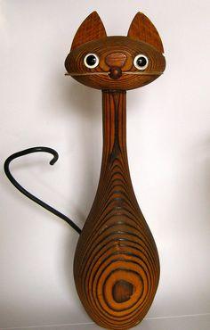 Vintage wooden cat figure - Japan, c. 1950's