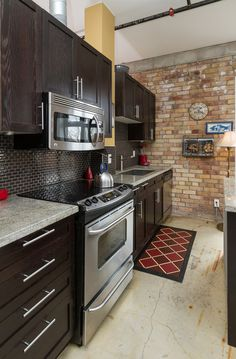 Centre Island, Polished Concrete, Granite Counters, Workout Rooms, Concrete Floors, Lofts, Beams, Locker Storage, Toronto