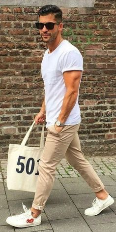 36 mens chinos outfit for cool casual style Casual Summer Outfits Casual Chinos cool coolen herre Mens Outfit style Mens Fashion Blog, Fashion Mode, Fashion Ideas, Fashion Blogs, Fashion Styles, Style Fashion, Mens Fashion Outfits, Men's Casual Fashion, Fashion Basics
