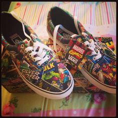 Marvel shoes by Vans! Sock Shoes, Vans Shoes, Cute Shoes, Me Too Shoes, Shoe Boots, Converse, Tenis Vans, Vans Off The Wall, Baskets