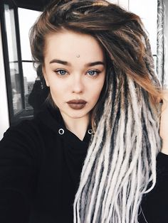 Australian dreadlock care products made with natural ingredients and designed for all hair types. Dreads Styles, Curly Hair Styles, Dreadlock Hairstyles, Cool Hairstyles, White Dreads, Dreadlocks Girl, Rasta Hair, Hippie Hair, Wild Hair