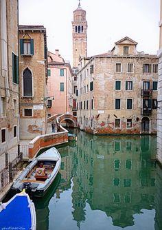 Rio de le Veste Venise