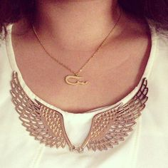 Dubai gold calligraphy chain angel wings top