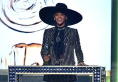 Pin for Later: Leave It to Beyoncé to Show Up at the CFDA Fashion Awards Completely Unannounced