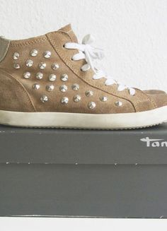 Nieten / Sneaker / Tamaris  Kaufe meinen Artikel bei #Kleiderkreisel http://www.kleiderkreisel.de/damenschuhe/turnschuhe/112059792-nieten-sneaker-von-tamaris