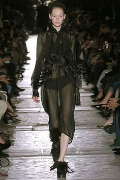 See all the Collection photos from Rick Owens Spring/Summer 2007 Ready-To-Wear now on British Vogue Rick Owens, Vogue Paris, Palais Royal, Draped Skirt, Sit Up, Black Ribbon, Mannequins, Ready To Wear, Fashion Show