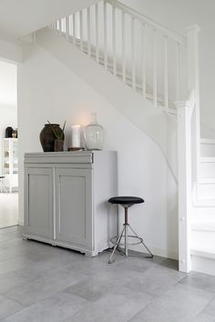 HALLWAY - white painted wood with Scandi grey furniture Hallway Inspiration, Home Decor Inspiration, Interior Styling, Interior Decorating, Nautical Interior, House Stairs, Scandinavian Home, Stairways, Home Renovation