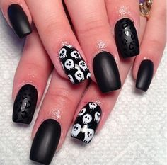 Matte nails with skull...can't wait to go back to black !!!