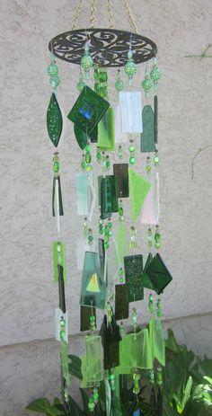 Shades of Green wind chimes www,ebay.com/usr/MattsGlassact
