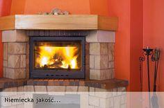 kominek z palącym się ogniem
