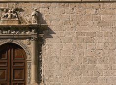 Anversa degli Abruzzi, church of Saint Mary of the Graces, detail